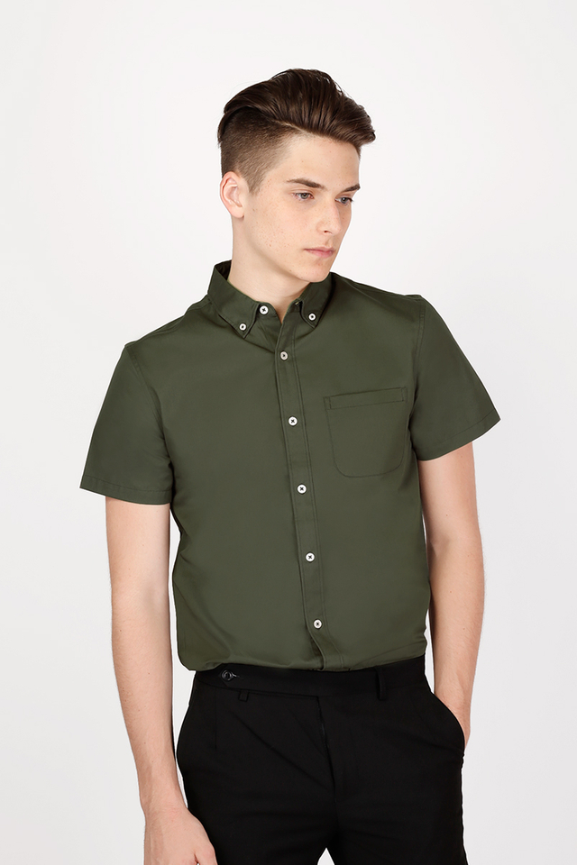 DYLAN SHORT SLEEVE TWILL SHIRT IN OLIVE