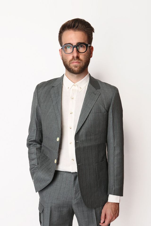 PINSTRIPE SUIT BLAZER IN GREY