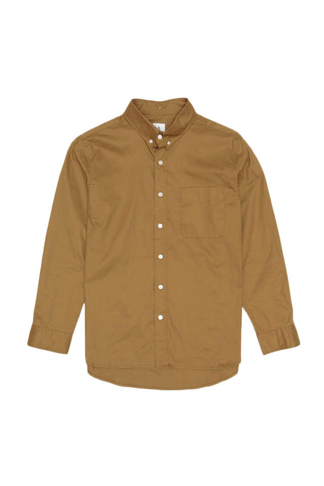 ALEXANDER BUTTON DOWN SHIRT IN CAMEL