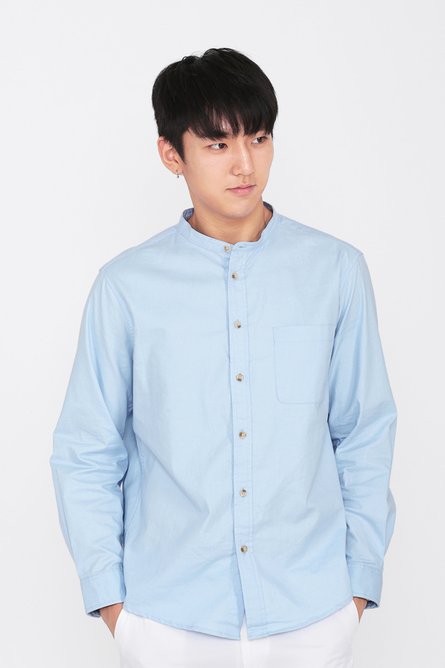 LENNON BAND COLLAR SHIRT IN SKY