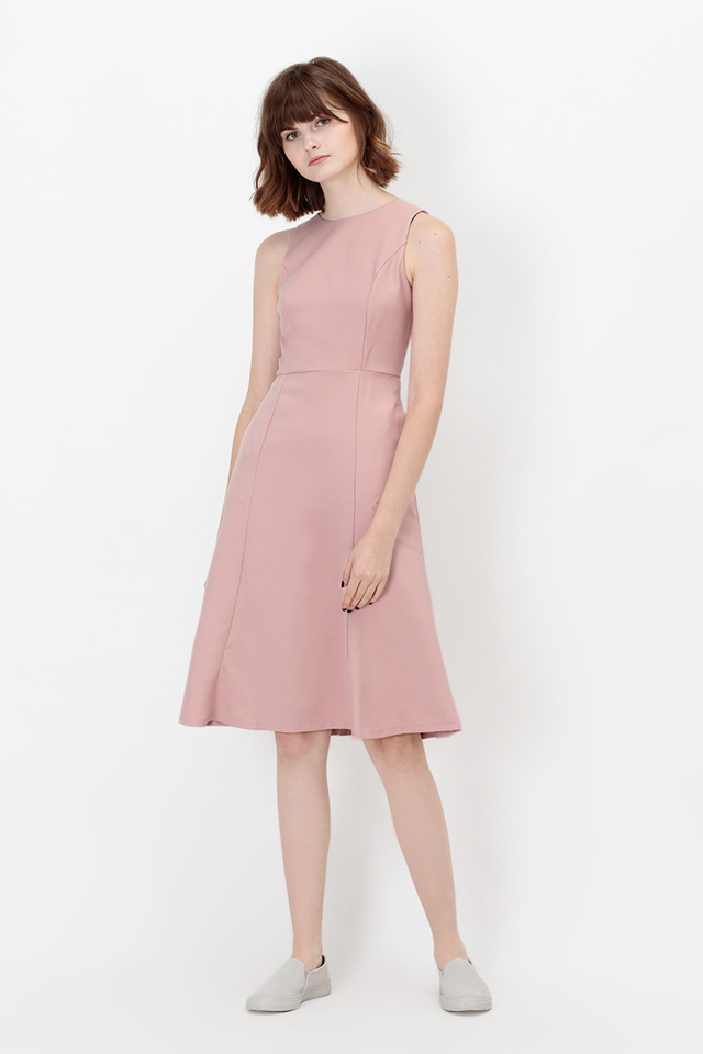 ALENE MERMAID MIDI DRESS IN PINK