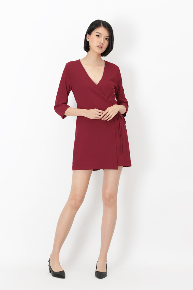 LAURA SIDE TIE ROMPER IN WINE