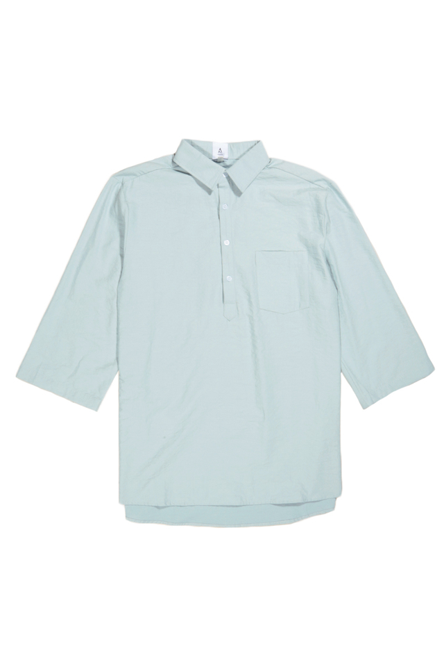 1/2 PLACKET 3/4 SLEEVE SHIRT IN SKY