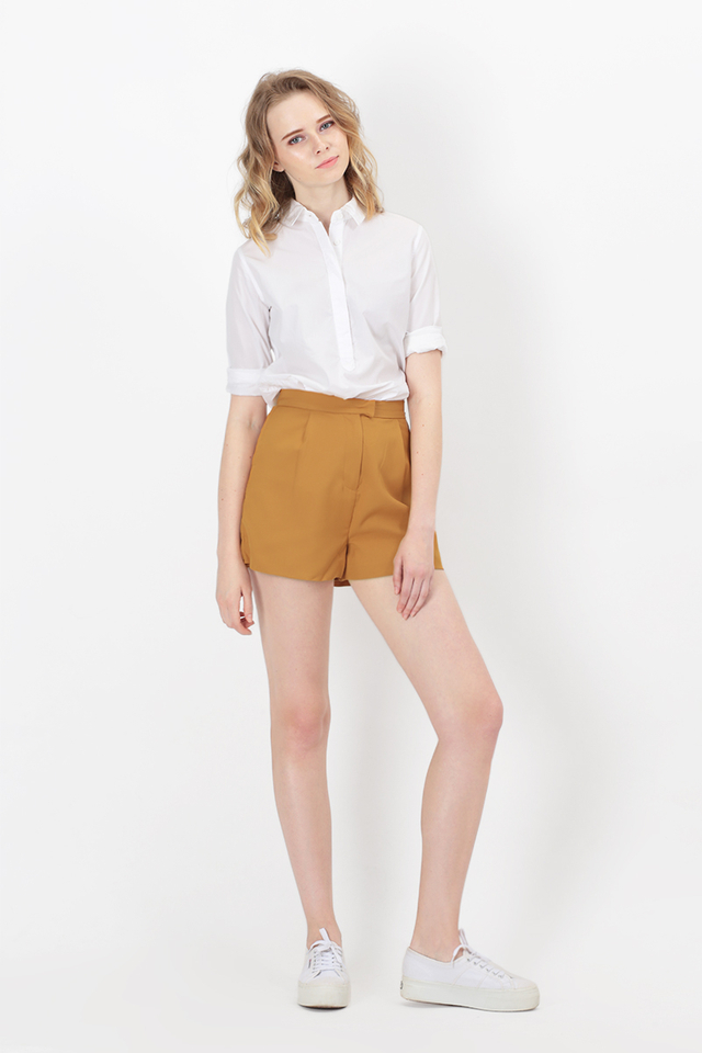 ROBYN SHORTS IN MUSTARD