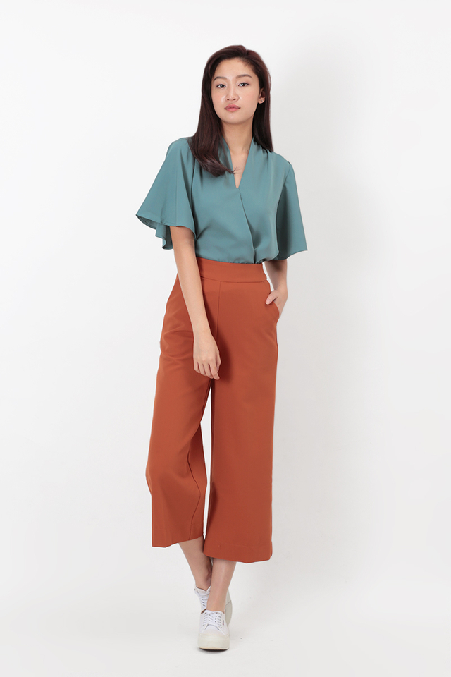 KELSEY CROP PANTS IN RUST