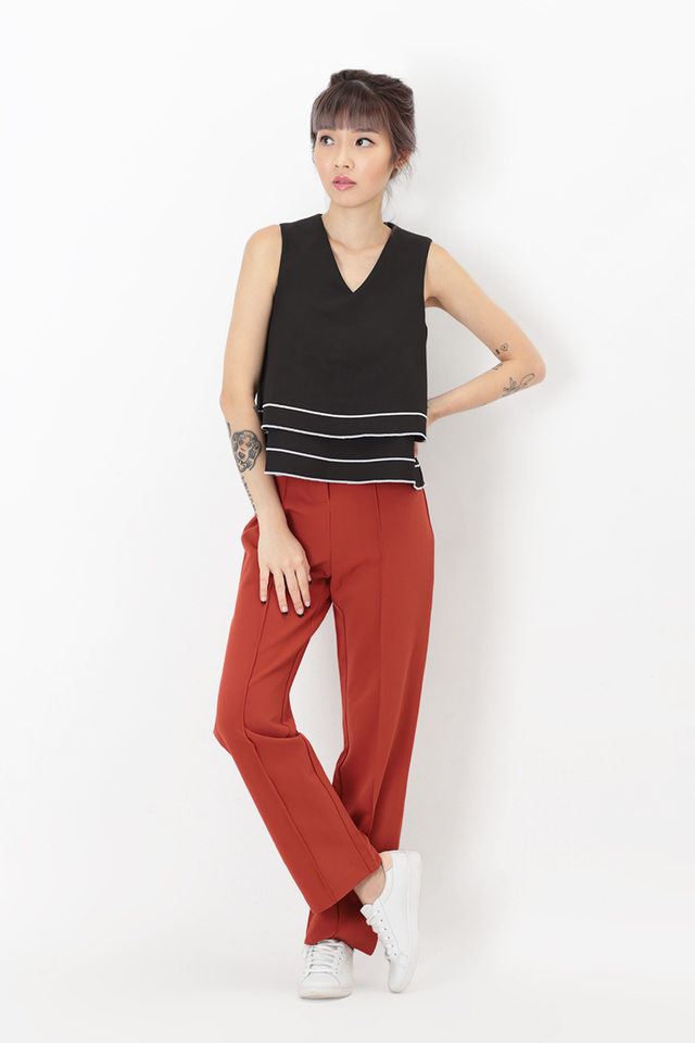 KAIA CENTRE STITCH PANTS IN RED OCHRE