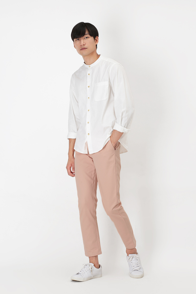 PERRY SLIM-FIT CHINOS IN PALE PEACH