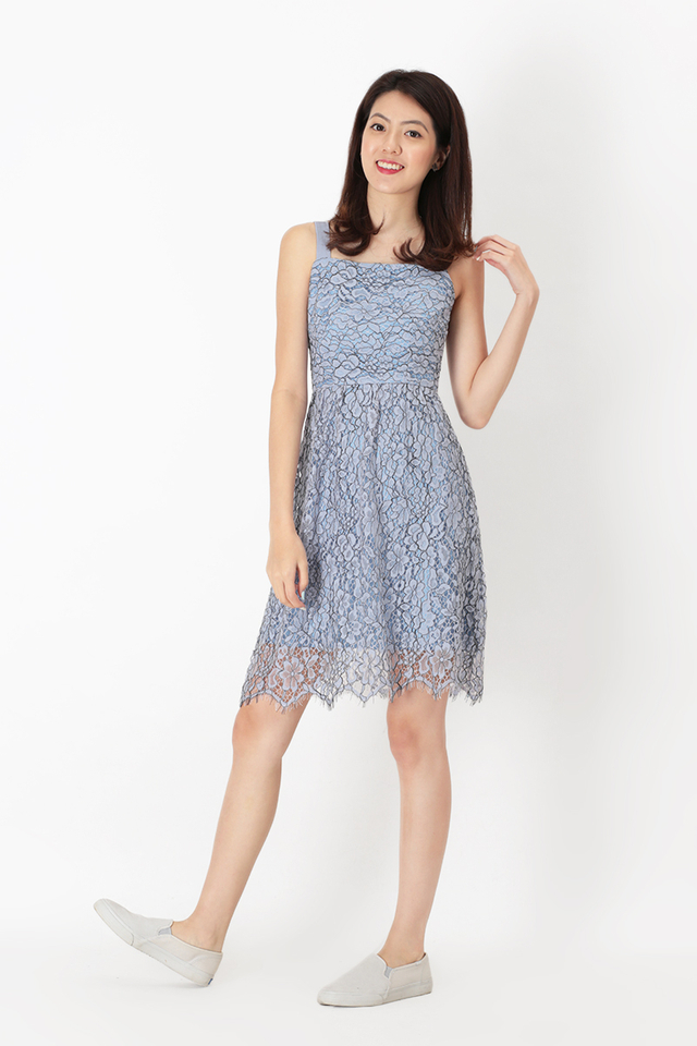 MALORIE LACE DRESS IN PERIWINKLE