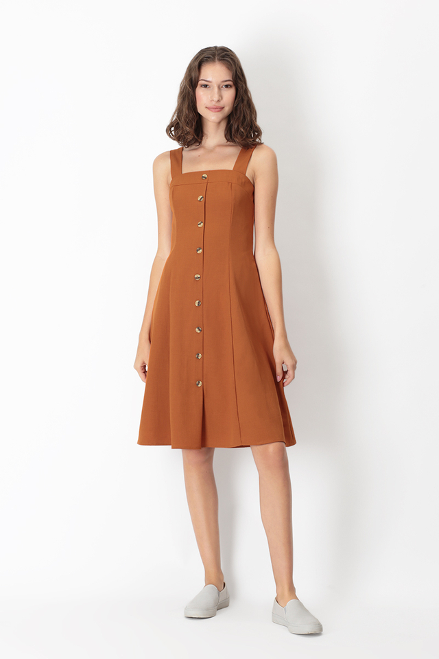 LINETTE BUTTON DRESS IN RUST