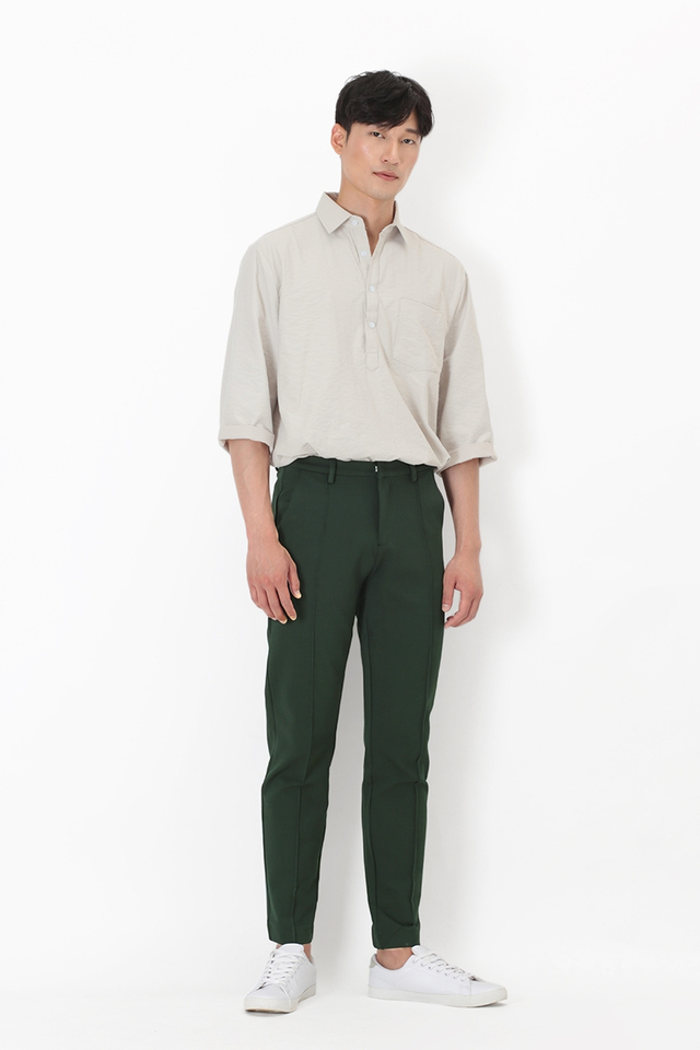 ANDERS CENTRE STITCH TROUSERS IN FOREST