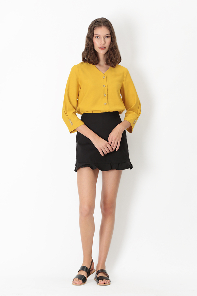 NICOLE BUTTON BLOUSE IN HONEY