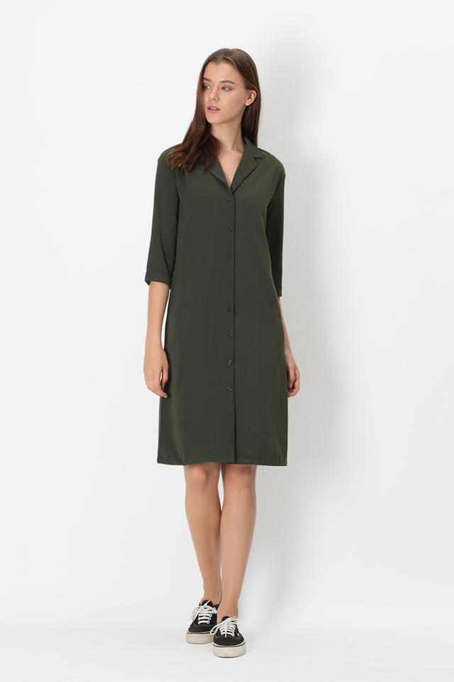 ASHLEIGH CAMP COLLAR SHIRT DRESS IN VINEYARD GREEN