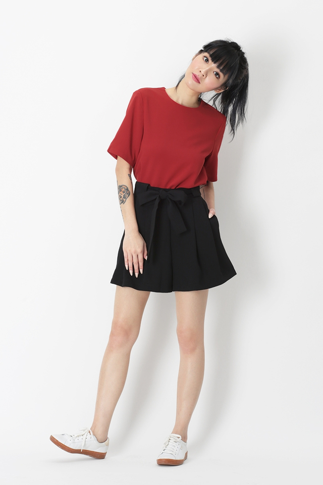 JANELLE TEE TOP IN AURORA RED