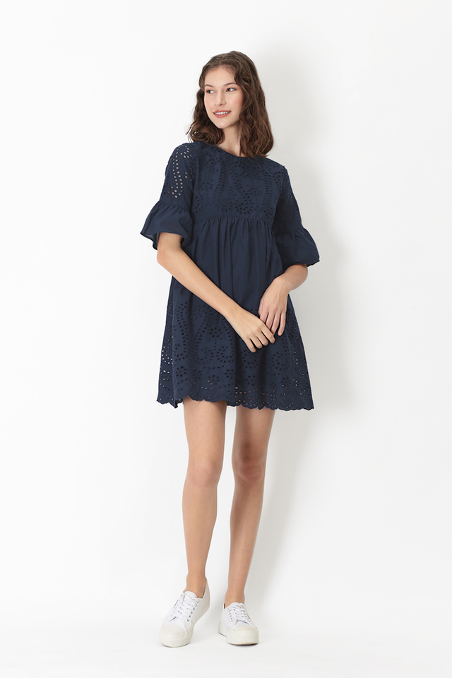 LUCINDA EYELET HEM DRESS IN NAVY
