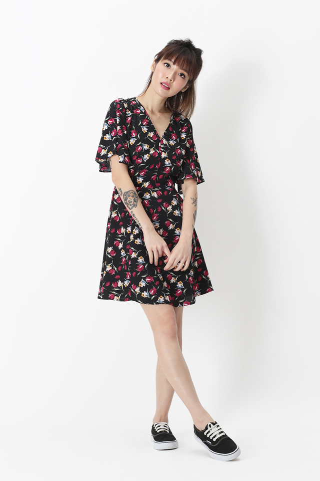 VIOLA FLORA DRESS IN BLACK
