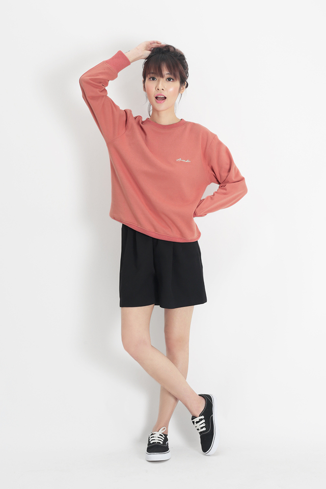 ARCADE SCRIPT LOGO SWEATER IN PINK