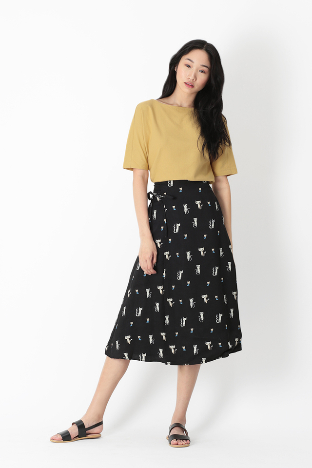 CLAUDIA CAT LADY SIDE TIE SKIRT IN BLACK