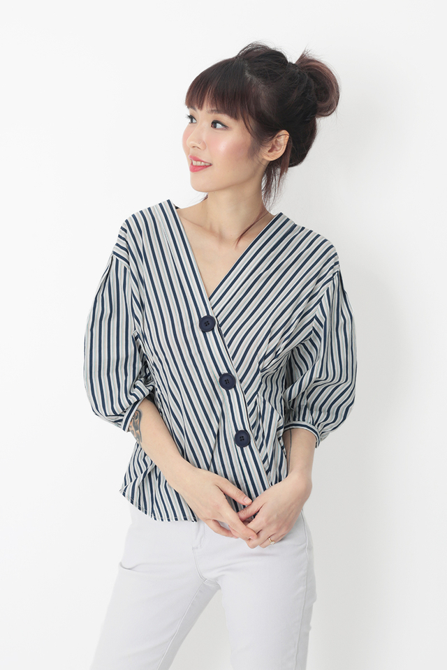 DEIDRA STRIPE BUTTON BLOUSE IN NAVY