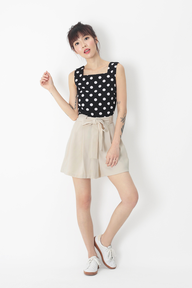 ELLIS POLKADOT SQUARE NECK TOP IN BLACK