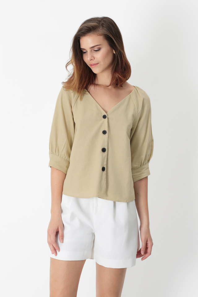 ESME BUTTON BLOUSE IN CREAM