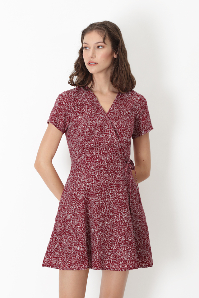 KIT MINI FLORAL SWING DRESS IN WINE