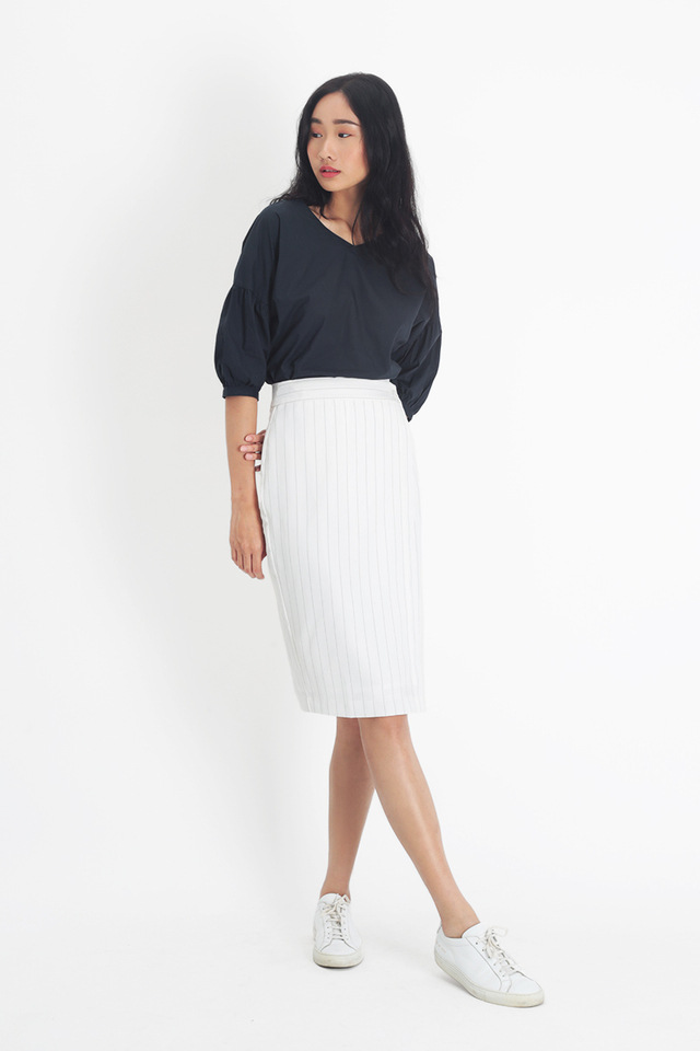 TRISHA STRIPE MIDI SKIRT IN WHITE