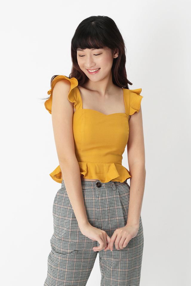VANECIA FLUTTER TOP IN HONEY