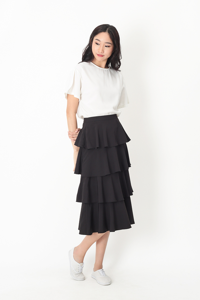 ICING ON THE CAKE MIDI SKIRT IN BLACK