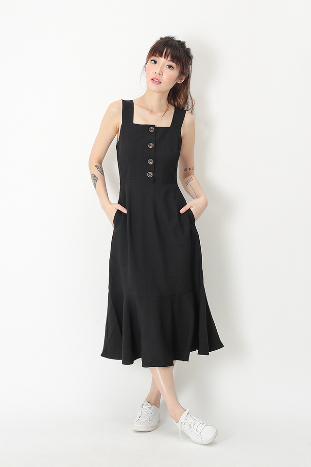YARA DROP HEM DRESS IN BLACK