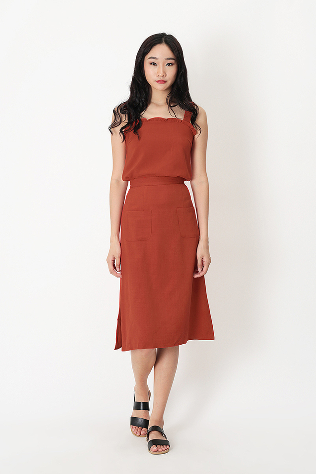 AVA PATCH POCKET SKIRT IN AUTUMN