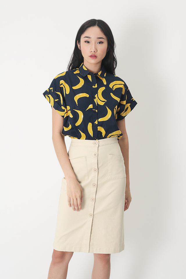 GOING BANANAS BUTTON BLOUSE IN NAVY