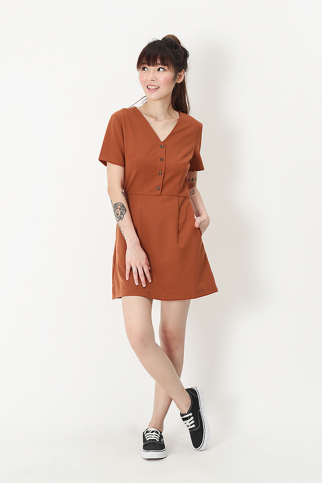 MARISSA V-NECK ROMPER DRESS IN RUST