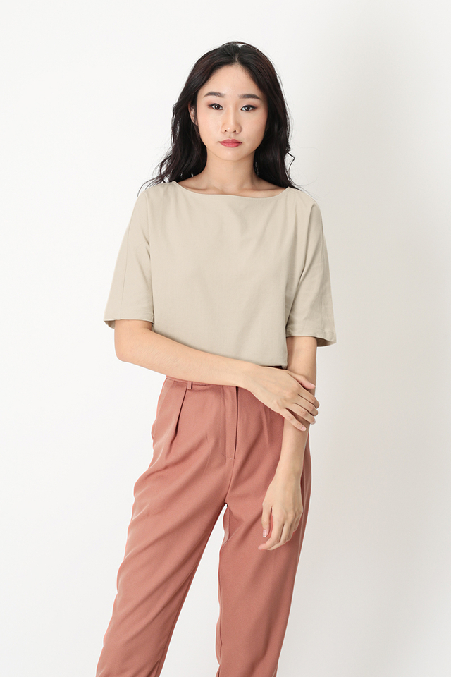 SANDRA LINEN WIDE NECK BLOUSE IN CREAM