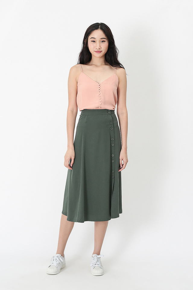 YVONNE DOUBLE BUTTON MIDI SKIRT IN VINEYARD GREEN