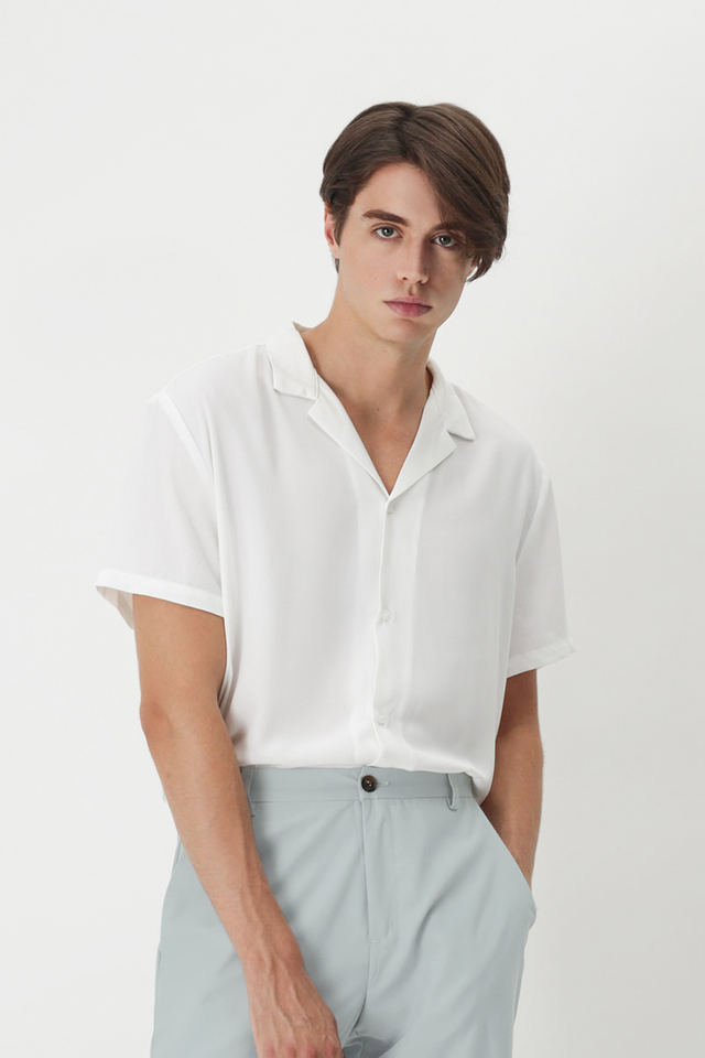 AIDEN CAMP COLLAR SHIRT IN WHITE