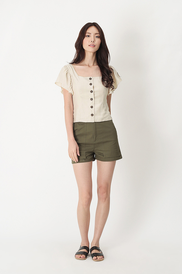ALLIE FLUTTER SLEEVE TOP IN CREAM