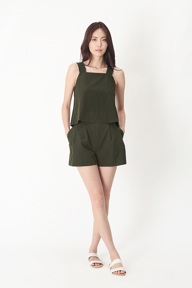 EMILY STRIPE SASH SHORTS IN VINEYARD GREEN
