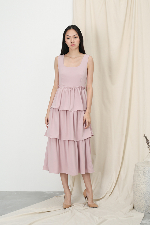 GRACIE TIER DRESS IN DUSTY PINK