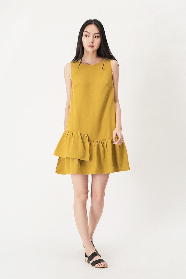 MANDY TIER HEM DRESS IN HONEY