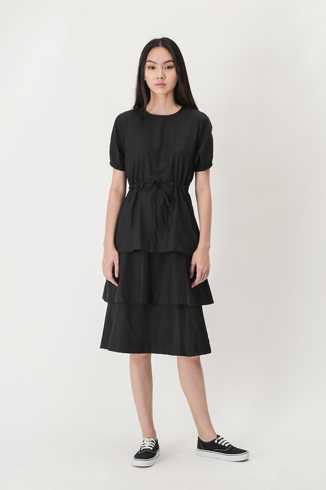 RACHAEL DRAWSTRING TIER DRESS IN BLACK