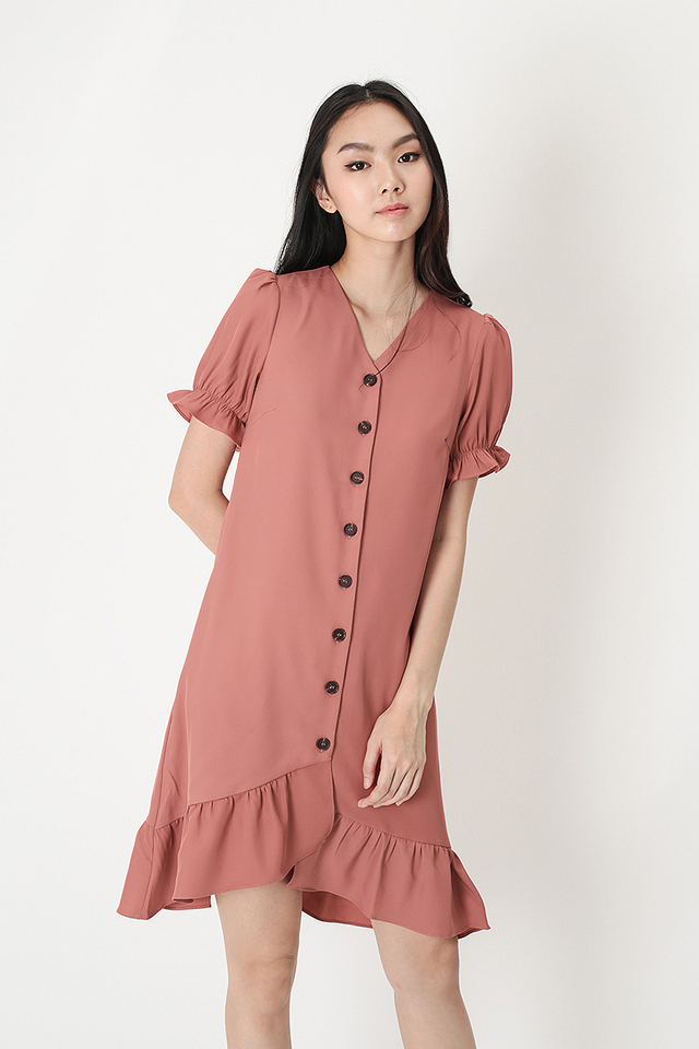 TAMMIE FRILL HEM DRESS IN ROSEWOOD