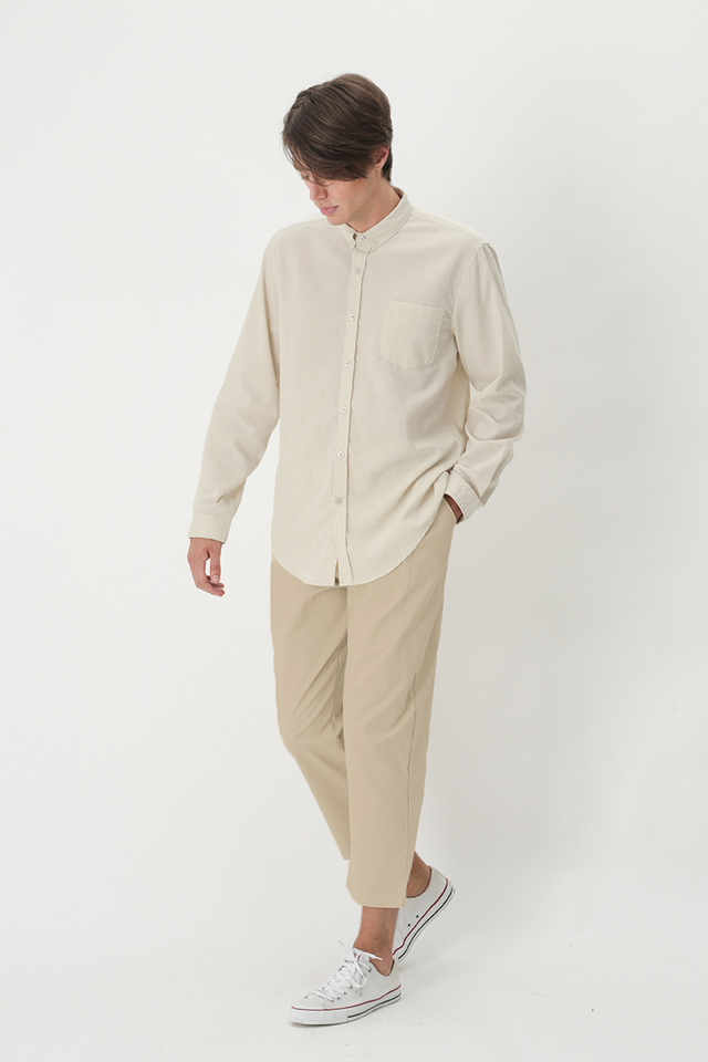 BECKETT SIDE-PLEAT CHINOS IN CREAM
