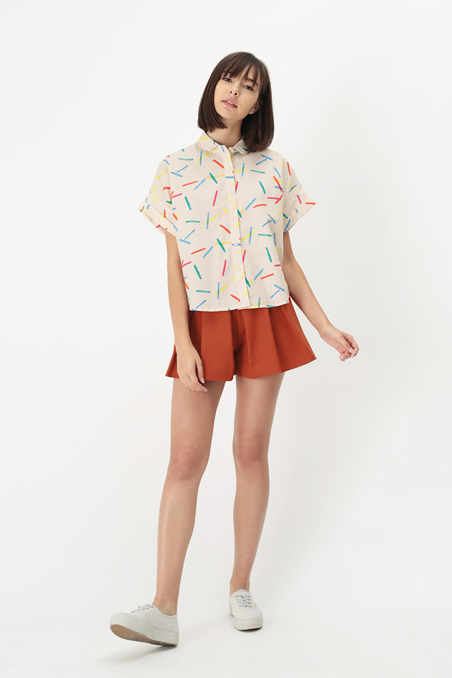 CONFETTI PARTY BUTTON BLOUSE IN CREAM