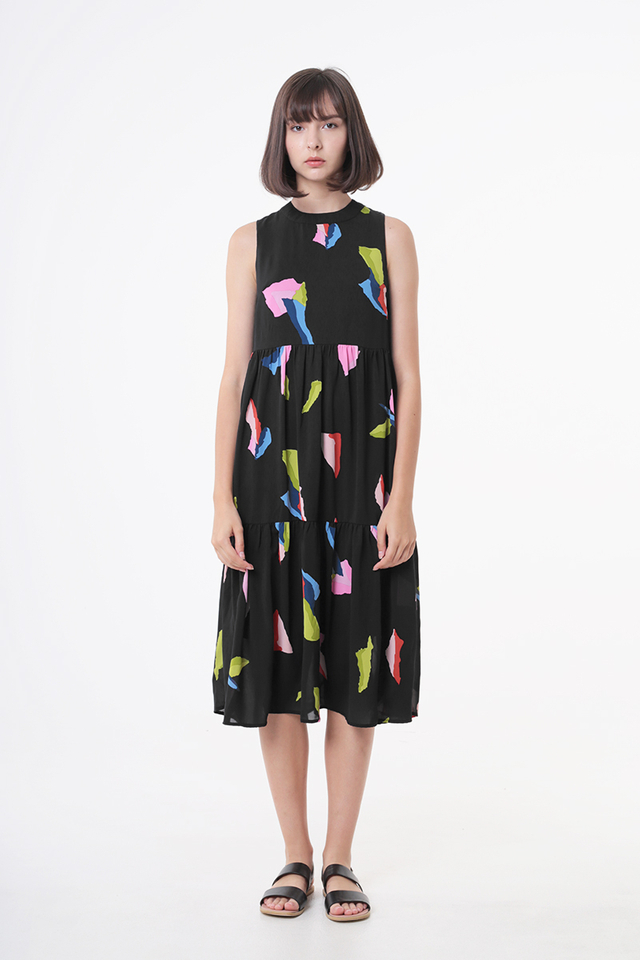DARCEY ABSTRACT ART TIER DRESS IN BLACK