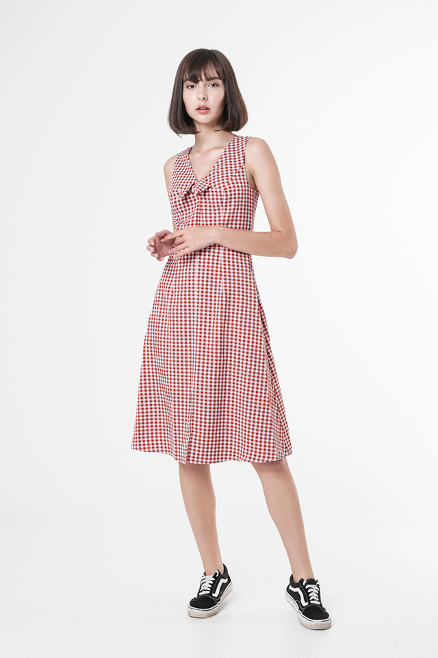 BONNIE BOW GINGHAM DRESS IN RED