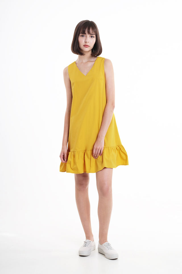 HOLLY DROP HEM DRESS IN HONEY