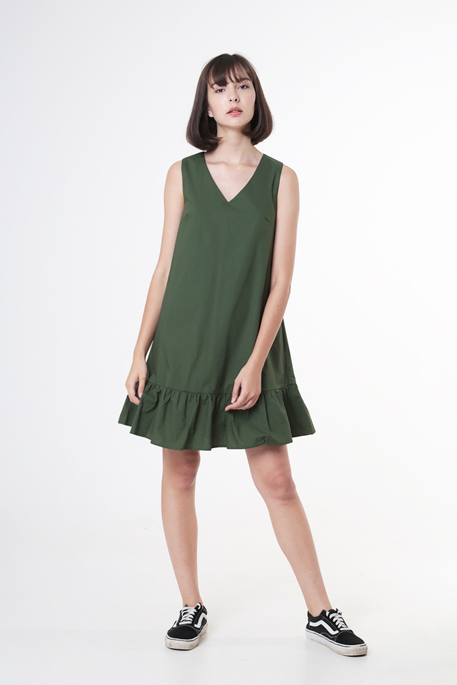 HOLLY DROP HEM DRESS IN VINEYARD GREEN