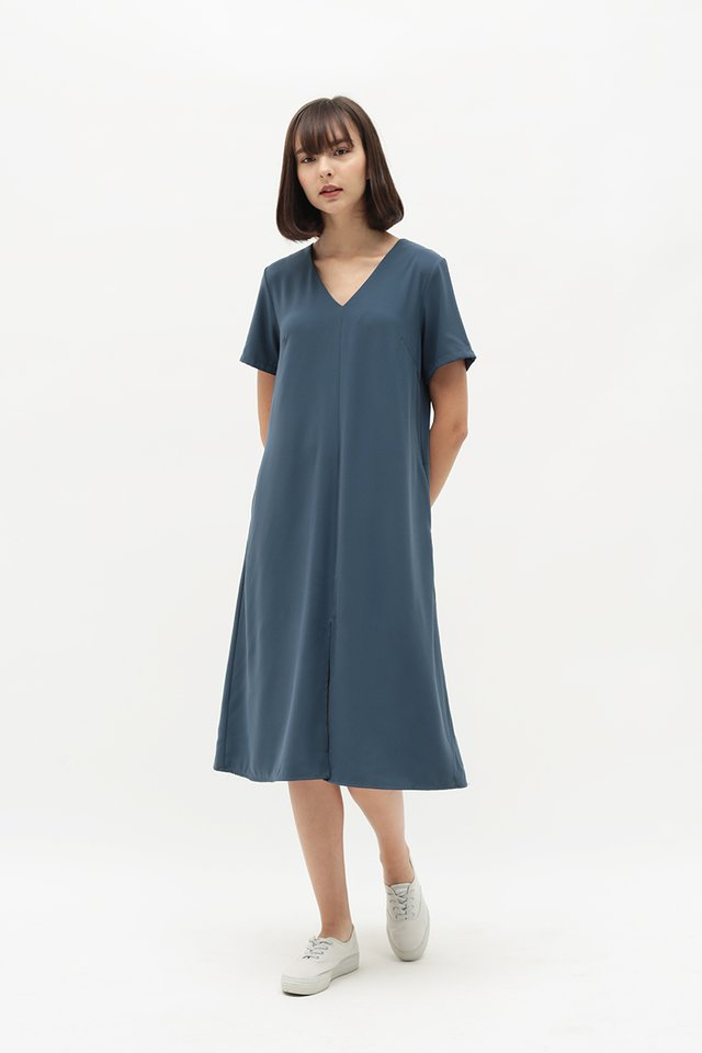 EVERLY V-NECK DRESS IN DUSK BLUE