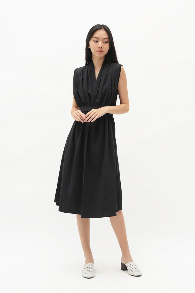ARCADE x ELKANTLERS WRAP DRESS IN BLACK
