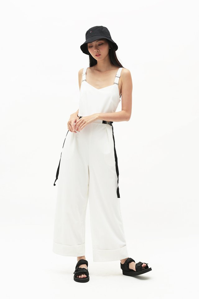 ARCADE x CHLOEANDCHOO JUMPSUIT IN WHITE
